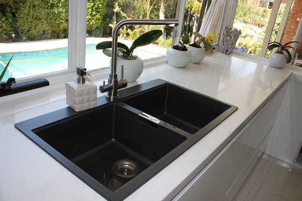 The Sink Debate Undermount Or Overmount Brentwood