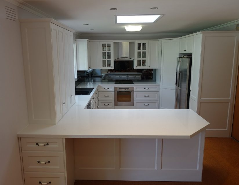 Modern Country U Shaped Kitchen Brentwood Kitchens